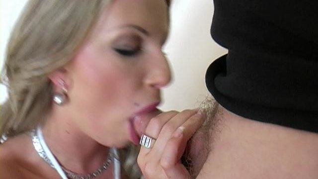 Wonderful Blonde Harlot Francesca Felucci Giving Blowjob For Contemporary Cum