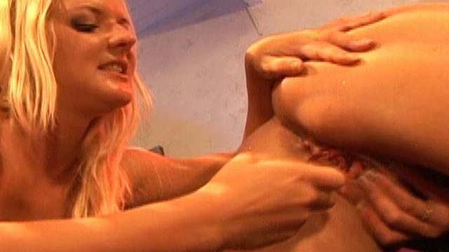 Barbara Summer Season And Crissy Cums Lick Each And Every Different's Fanny Boo