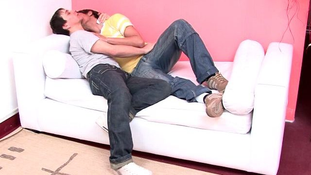 Candy Novice Gays Julian And Moxi Kissing Their Our Bodies At The Sofa