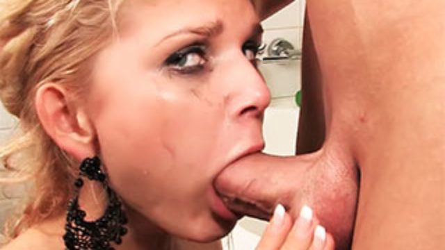 Mouth Torn Up Nubile
