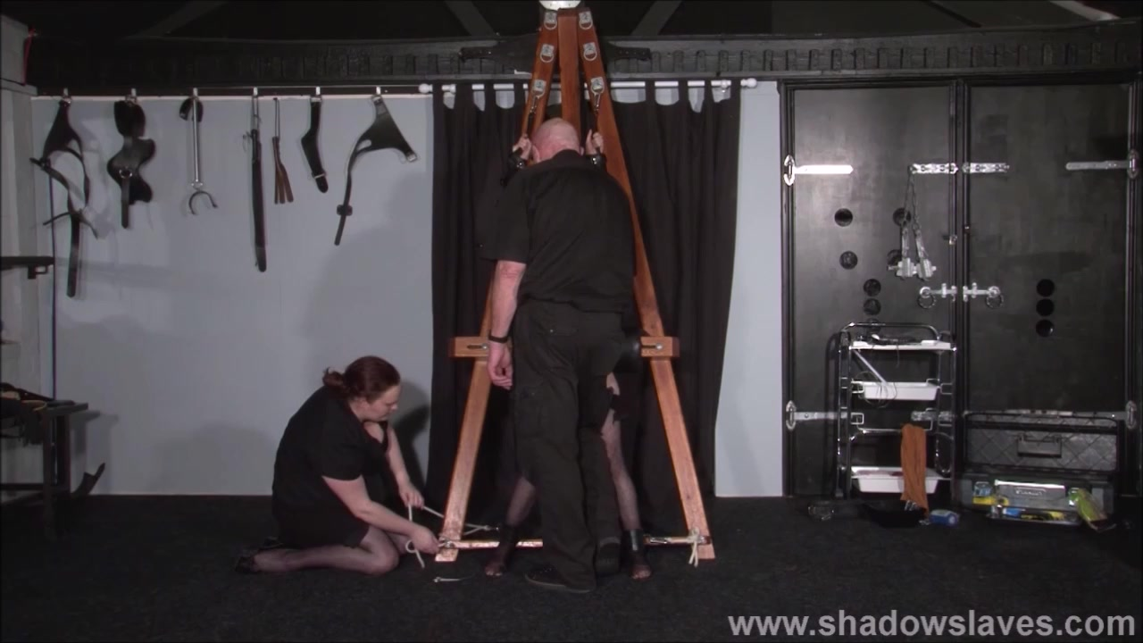 Strapped Elise Graves Snatch Penalized And Gonzo Domination & Submission Of E
