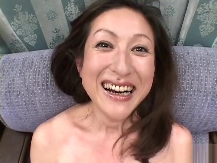 Unique Chinese Nymph In Epic Douche, Oral Pleasure Jav Pin